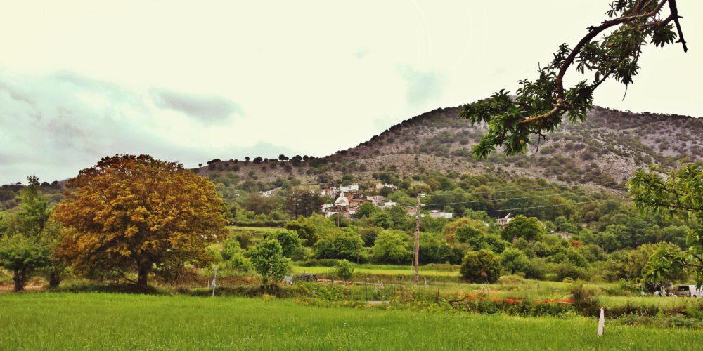Ο Μαγουλάς από τον κάμπο- The village Magoulas from lasithi plain