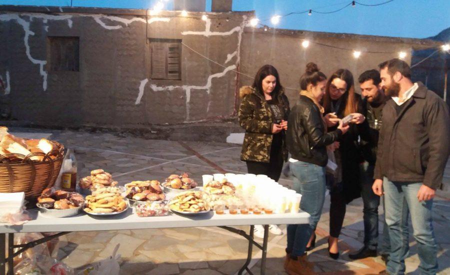 Κέρασμα και προσφορά εικόνων στη γιορτή του Αγίου Σπυρίδωνα 2016